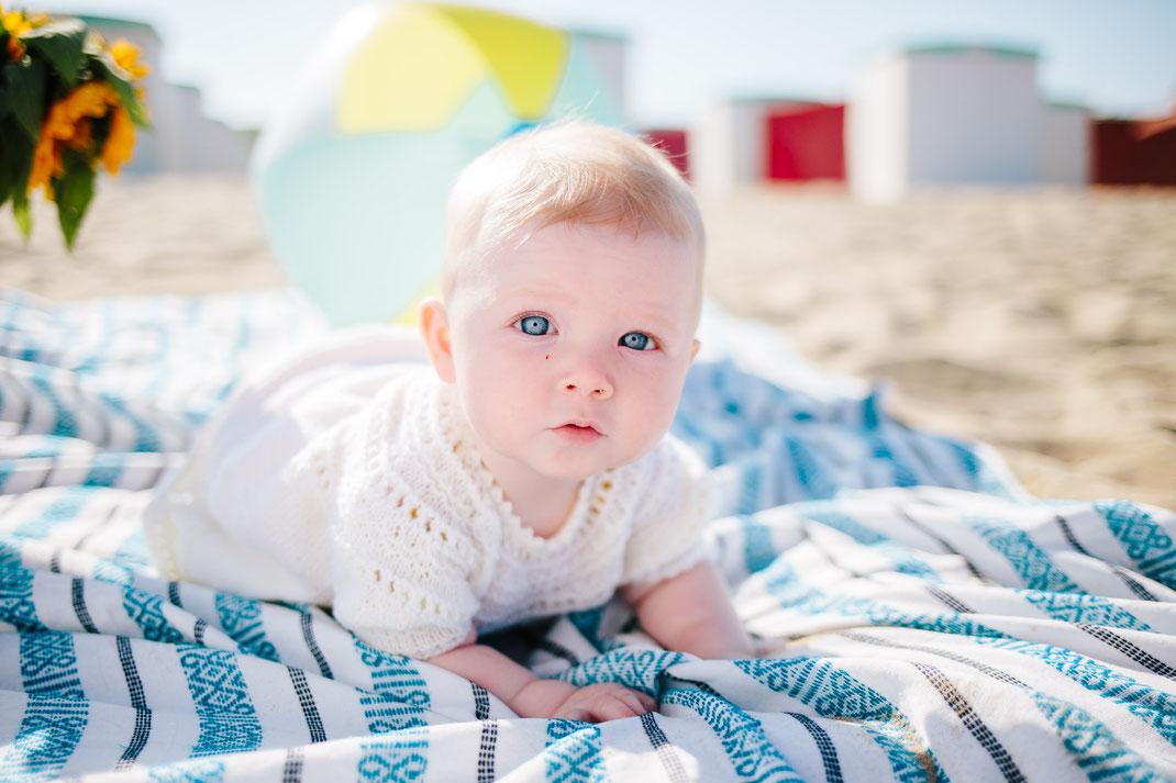 Baby shoot Katwijk beach