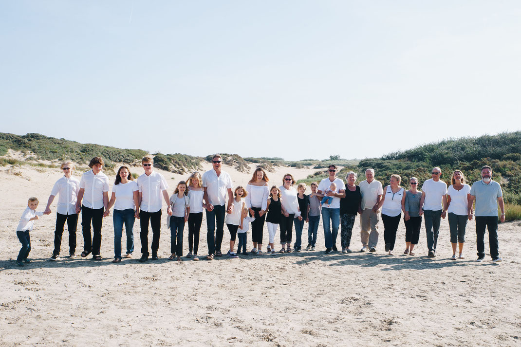 family photographer Noordwijk beach