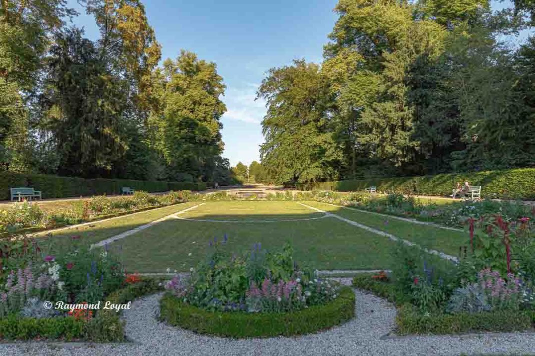 benrath palace french garden