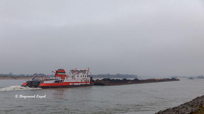 veerhaven ix schubschiff schiff rhein fluss landschaft
