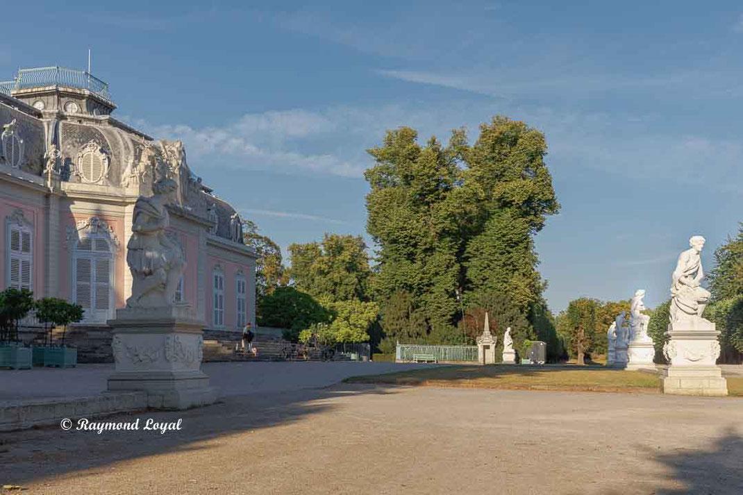 benrath palace sculpture