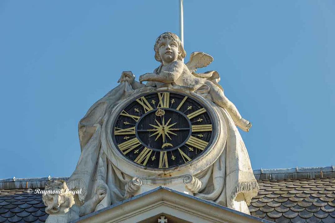 benrath palace clock group