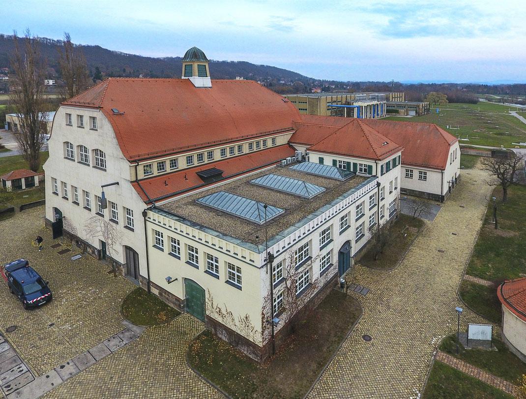 Luftaufnahmen Fotos mit Drohnen in Karlsruhe Rastatt Pforzheim Bühl Gaggenau Baden-Baden