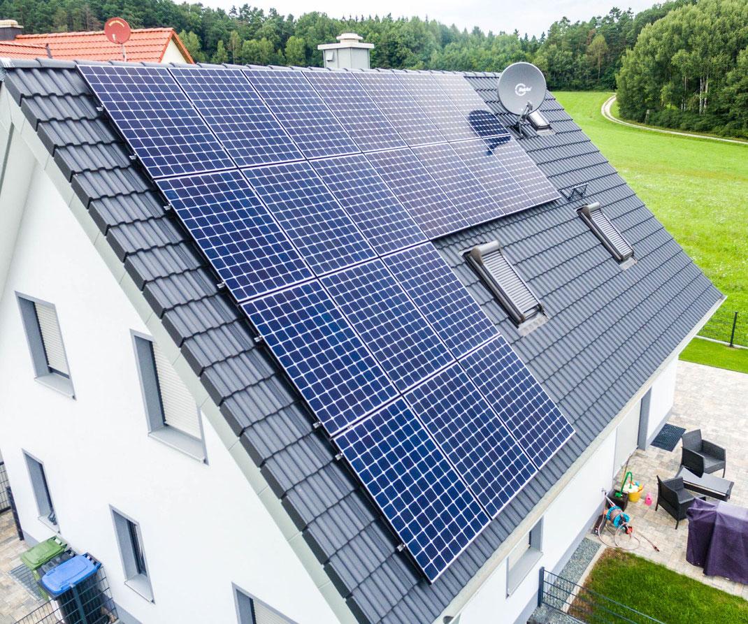 Weihnachten mit der SunPremium Solaranlage