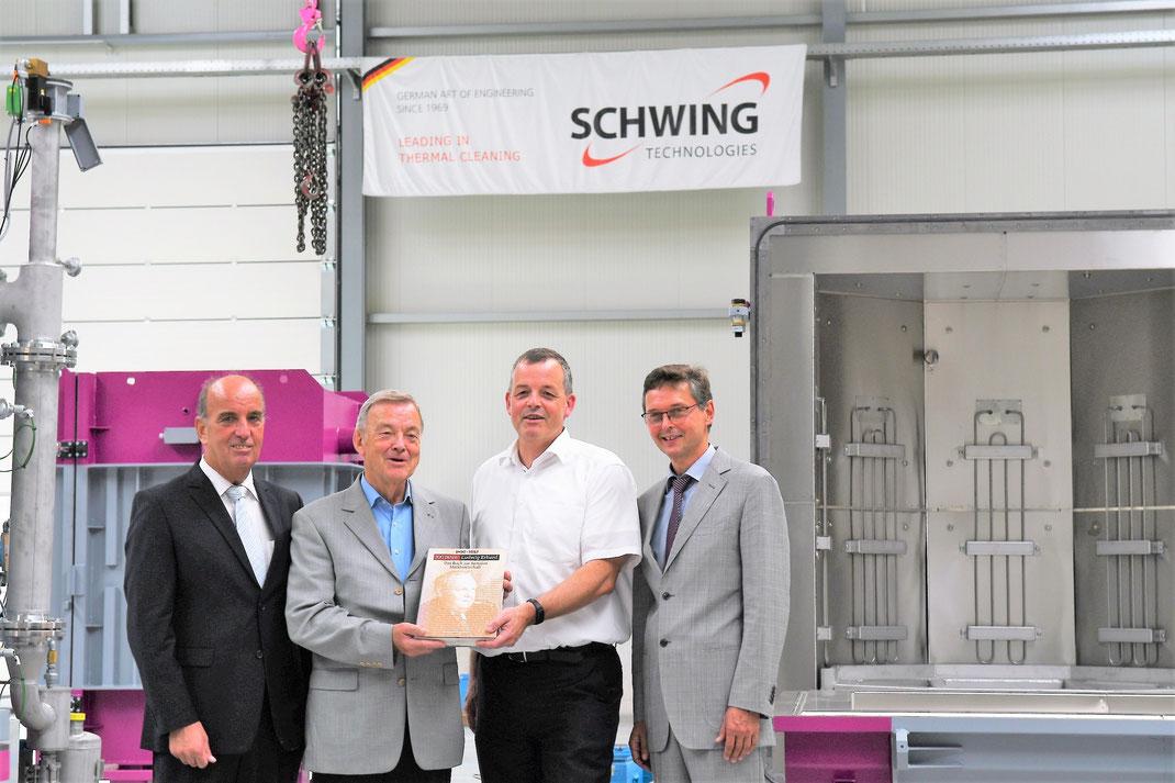 von links im Bild: Michael Darda (MIT Vorsitzender), Ewald Schwing, Thomas Schwing, Harald Lenßen, Bürgermeister Neukirchen-Vluyn