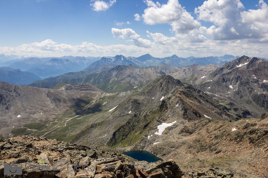 Ausblick vom Gipfel des Furglers (auf den Tieftalsee)