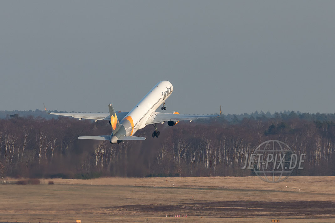 D-ABOK Condor Boeing 757 2017.03.16 EDDK KÖLN BONN Frankfurt Airport Nordwestbahn Planespotter Plane Spotter EDDF Frankfurter Flughafen Planespotter