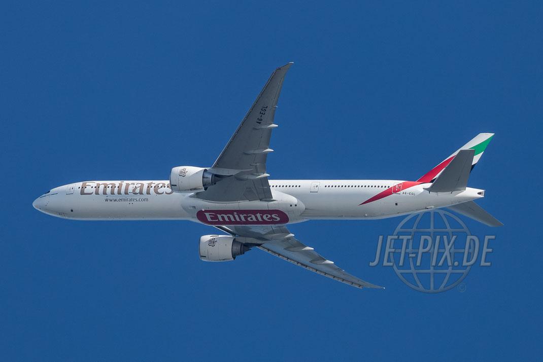 A6-EGL Emirates Boeing 777 2017 05 21 Richtung Frankfurt EDDF