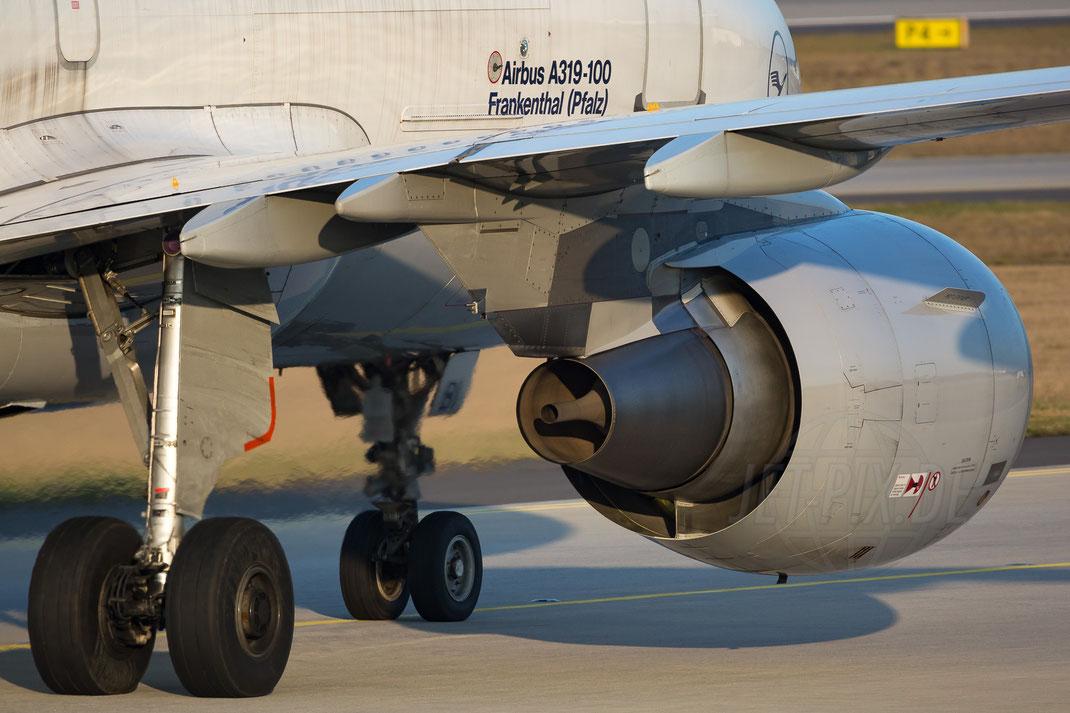 """D-AIPM Lufthansa Airbus A320 2017 12 07 EDDF Frankfurt """"Sigma 150-600 mit 600 und 1,4X Konverter """"840mm"""" Brennweite"""