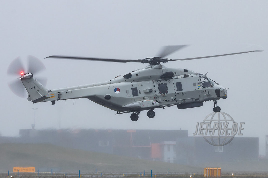 N-316 Marine Luchtvaartdienst Helicopter NH Industries NH90 Den Helder (EHKD)