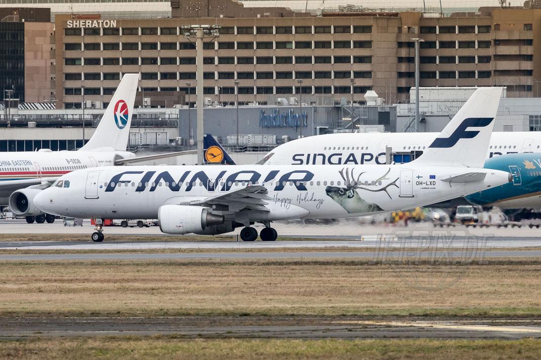 """OH-LXD Finnair Airbus A320-214 """"Happy Holidays"""" 2017 12 24 EDDF Frankfurt"""