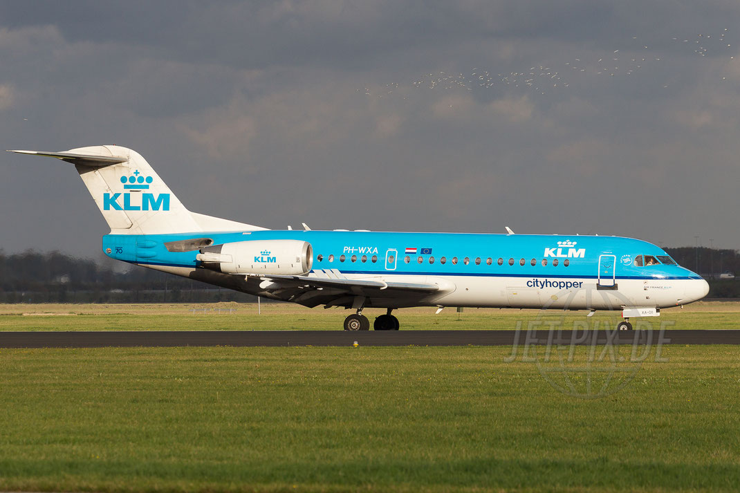 PH-WXA KLM Cityhopper Fokker F70 2013 10 26 EHAM Amsterdam