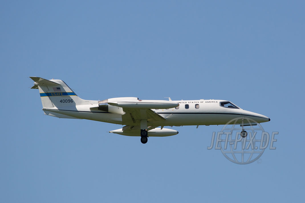40096 US Air Force C-21 Learjet 2017 05 26 ETAR Ramstein