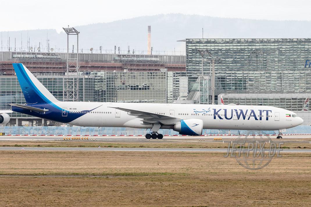 """9K-AOD Kuwait Airways Boeing 777-369(ER) """"New Colors"""" Frankfurter Flughafen Terminal 2 Besucher Terrasse Zeppelinheim Frankfurt Airport Nordwestbahn Planespotter Plane Spotter EDDF Frankfurter Flughafen Planspotter"""