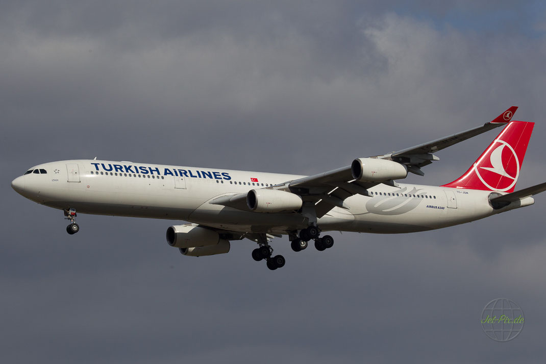 TC-JDM Turkish Airlines A340-311