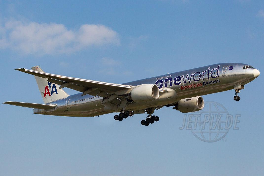 N791AN American Airlines Boeing 777-223ER 2013 07 06 EDDF Frankfurt
