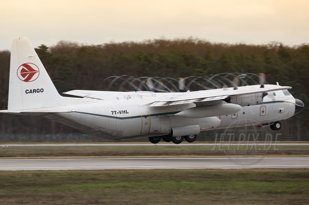 7T-VHL Lockheed L382-51C Hercules 2017 12 31 EDDF Frankfurt