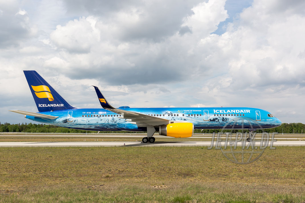 "TF-FIR IceLandAir Boeing 757-200 ""80 Years of Aviation"" 2017 05 14 EDDF Frankfurt Bild von der Nordwestbahn ehemals Ticona Tikona"