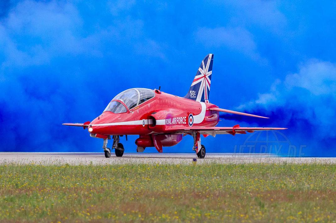 Red Arrows BAE Hawk 2014 06 21 EHGR Gilze Rijen
