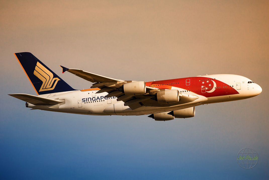 Special Colours Singapore Airlines A380 bei super Wetter in Frankfurt