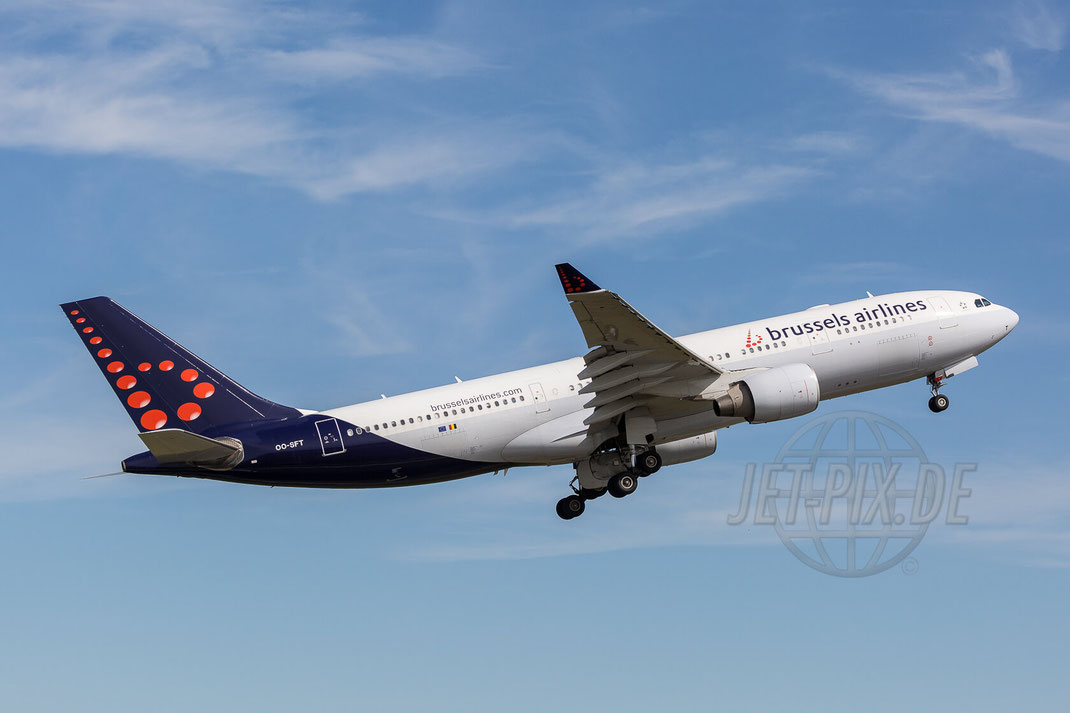 OO-SFT Brussels Airlines Airbus A330 2017 07 09 (EBBR) Brüssel