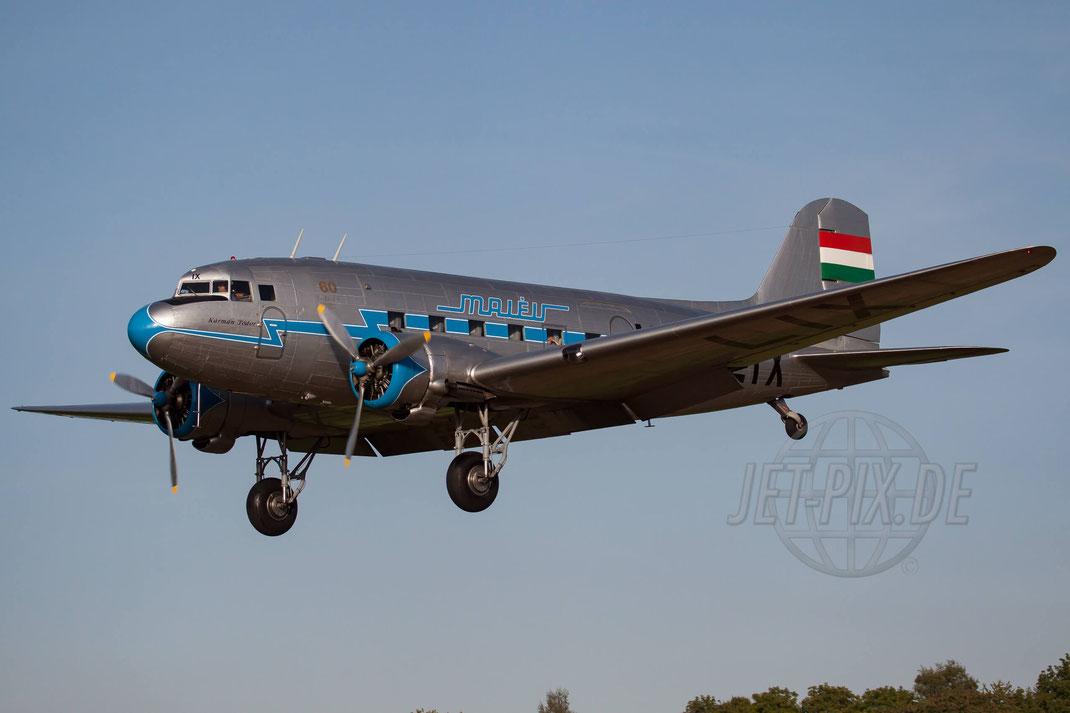 "HA-LIX Goldtimer Foundation ""Malév Hungarian Airlines"" Lisunov Li-2T 2011 09 03 EDST Hahnweide"