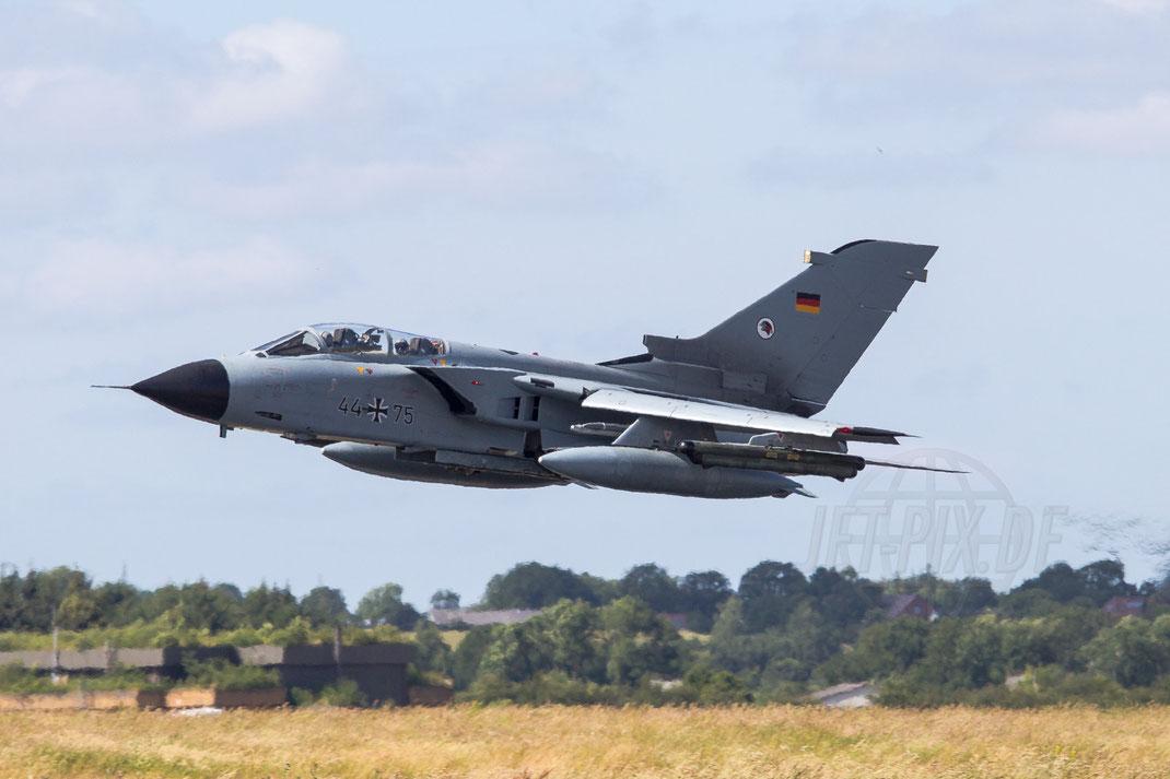 44+75 Deutsche Luftwaffe Panavia Tornado IDS 2014 06 23 ETNS Jagel