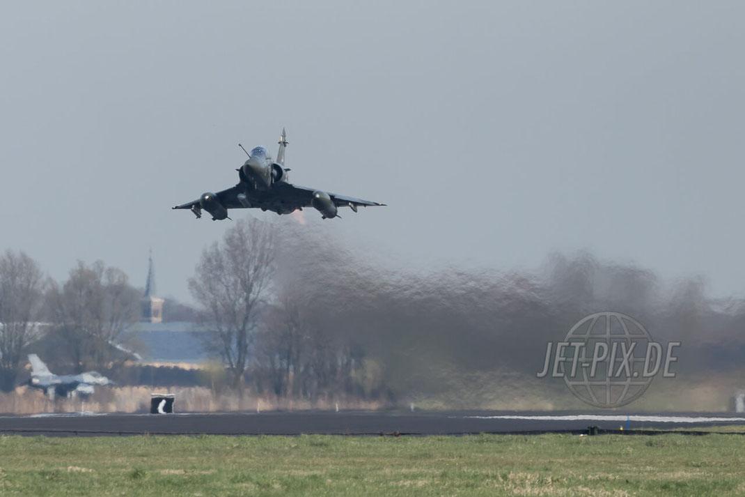 3-IG Mirage 2000D Armée de l'Air Leeuwarden Frisian Flag 2017 Leeuwarden (EHLW) Take-Off Teilnehmer gutes Wetter Afterburner Vollgas Friesland Jet-Noise Planespotter