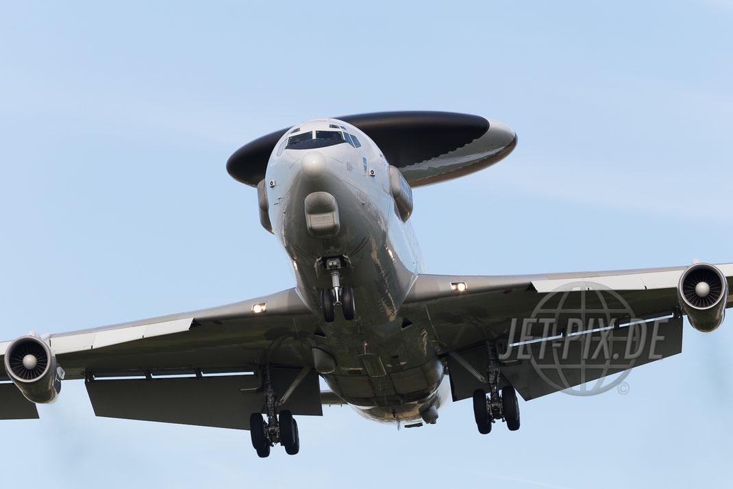 LX-N90451 NATO Boeing 707 2015 08 03 ETNG Geilenkirchen