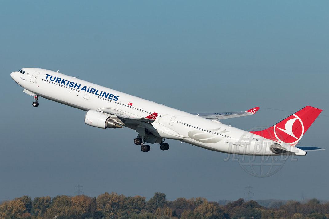 TC-JOA Turkish Airlines Airbus A330-303  2017 10 14 EDDL Düsseldorf