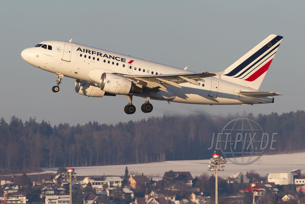 F-GUGG Air France Airbus A318  2016 01 21 Zürich ZRH