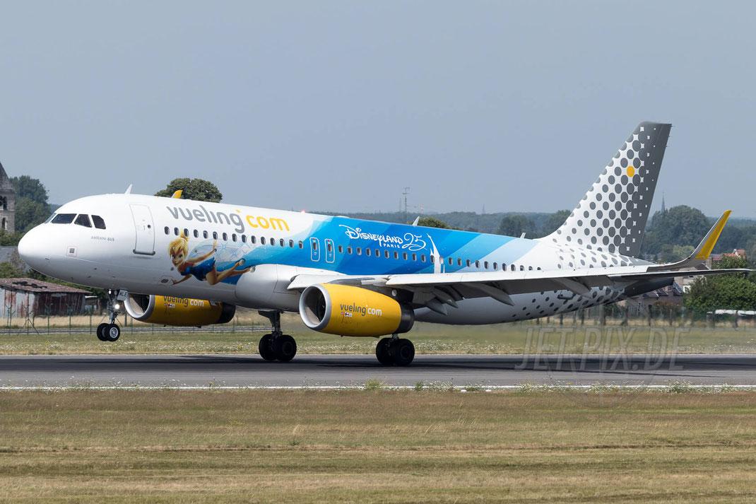 """EC-MLE Vueling Airbus A320-232(WL) """"25 Years Disneyland Paris"""" 2017 07 07 Brüssel Zaventem (BRU/EBBR)"""