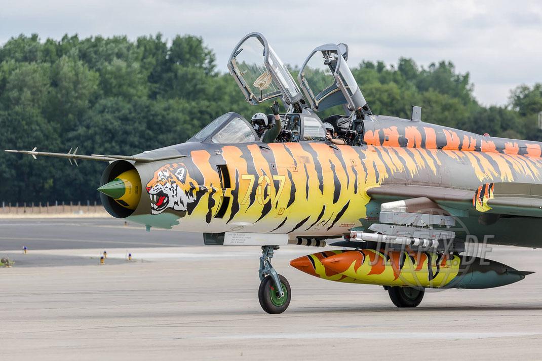 """707 Polish Air Force Sukhoi SU-22UM-3K """"Tiger"""" 2017 06 30 ETNG Geilenkirchen """"35 Years E-3A"""""""