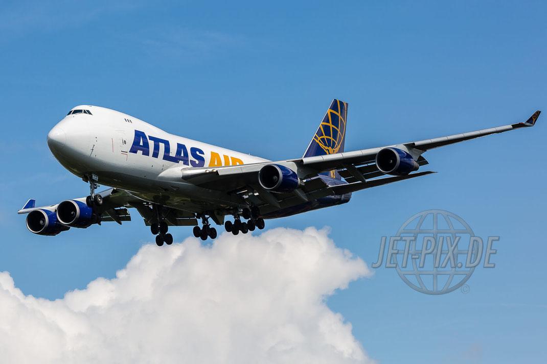 N412MC Atlas Air Boeing 747-47UF 2017 07 26 EHBK Maastricht