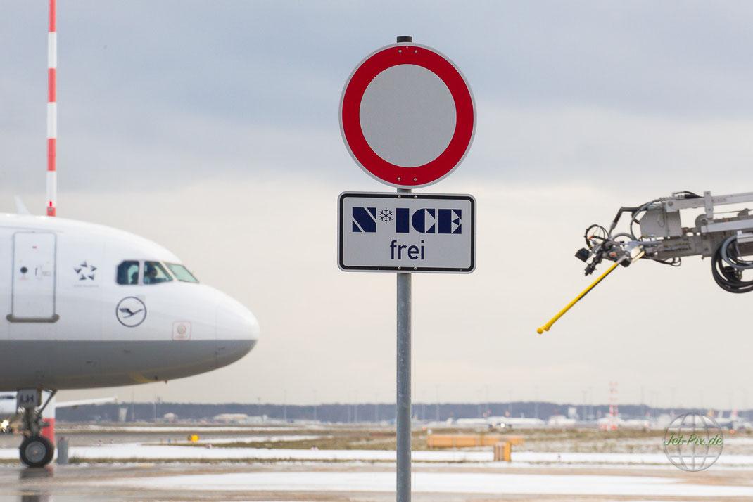 Airbus Frankfurt Lufthansa De-Icing