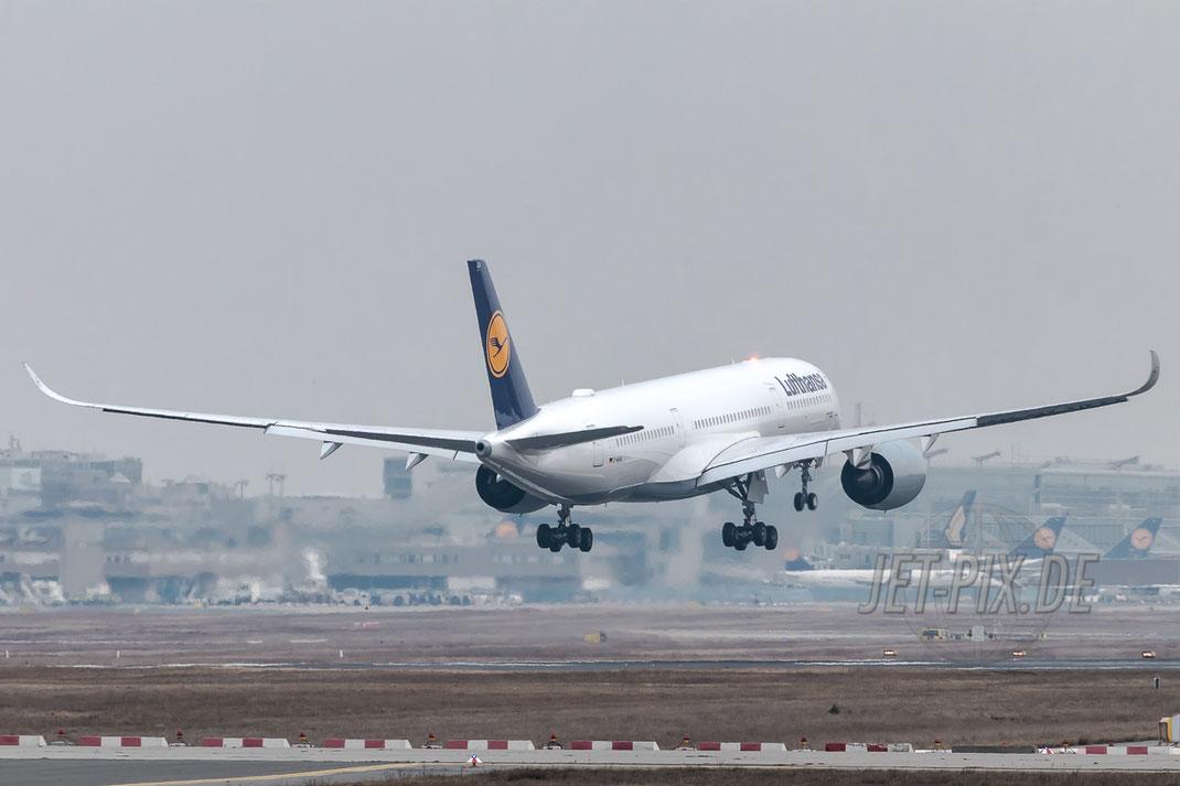 D-AIXA Lufthansa Airbus A350-941 07.02.2017 EDDF Frankfurt Erstlandung tolles Erlebnis FraPort Event Flughafen im Hintergrund
