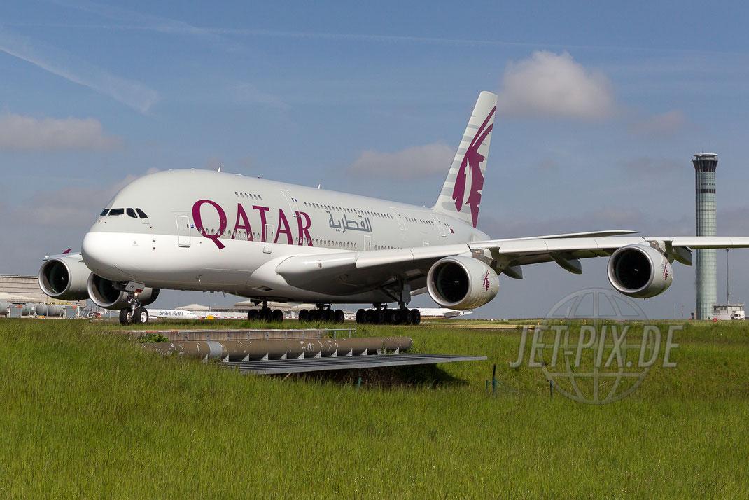 A7-APA Qatar Airbus A380 2015 05 17 LFPG Charles de Gaulle