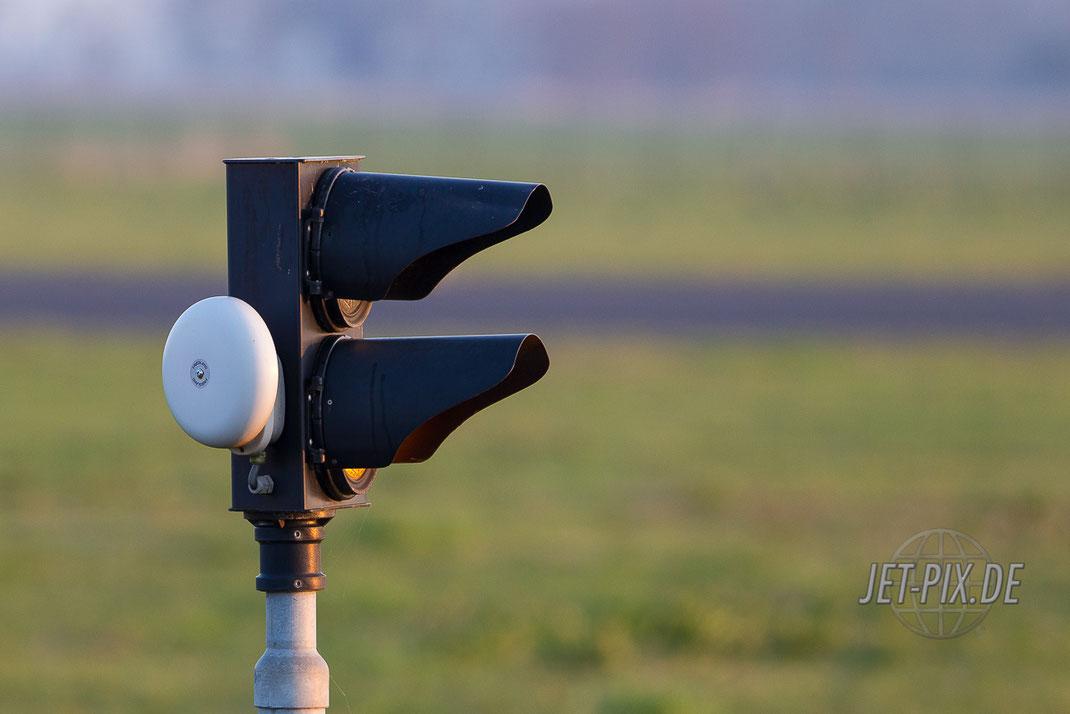 Klingel Leeuwarden Achtung Betrieb Luftfahrt Jet