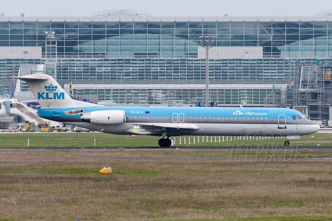 PH-KLD KLM Cityhopper Fokker F100 2006 04 16 EDDF Frankfurt
