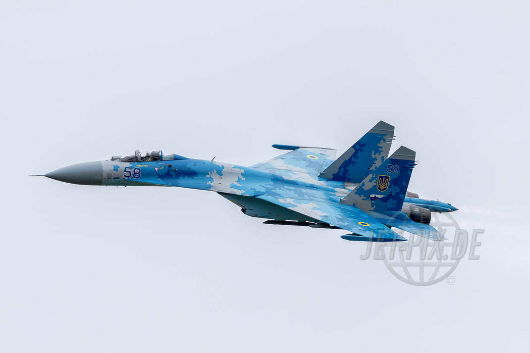 Blue 58 SU-27 Ukraine Airforce Royal International Air Tattoo (RIAT) 2017 07 15 Fairford (EGVA)