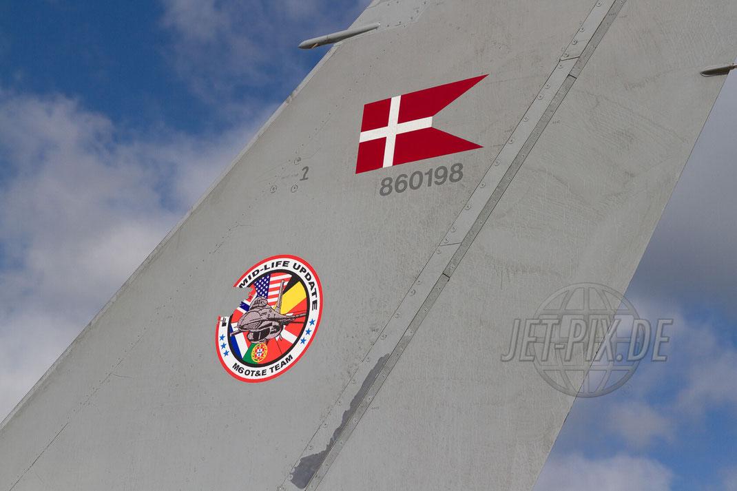 Dänische F16 30 YEARS AWACS 2012.06.17 ETNG/GKE Geilenkirchen
