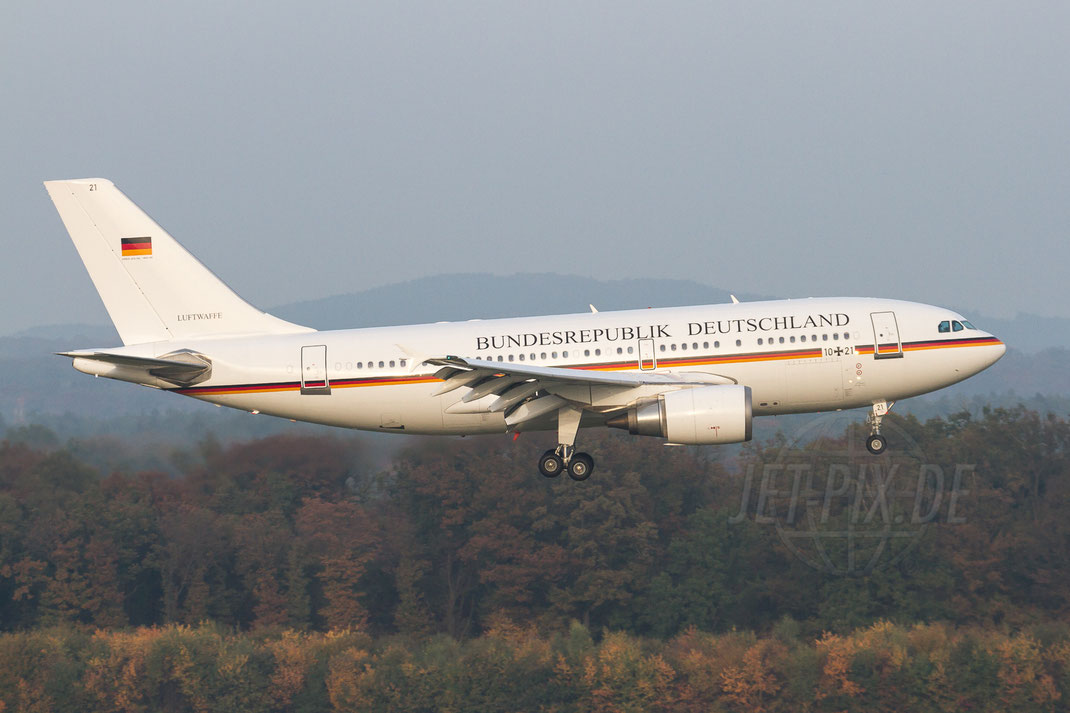 10+21 Luftwaffe / Flugbereitschaft Airbus A310-304 2012 10 23 EDDK Köln