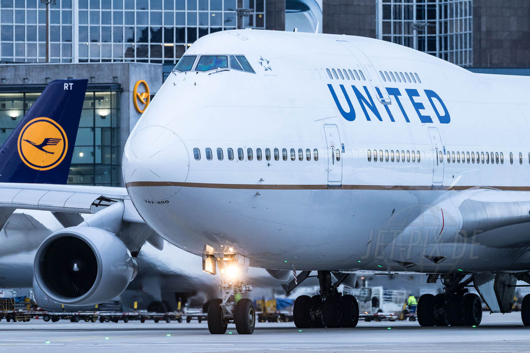 N107UA United Airlines Boeing 747 2017 10 28 EDDF Frankfurt Tour 747UA End