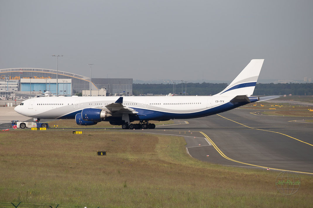 Condor Charter A340 tolle Lackierung
