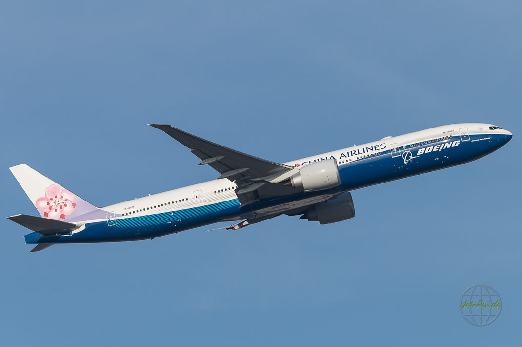 B-18007 China Airlines Boeing 777-309(ER) in Boeing Special Colours
