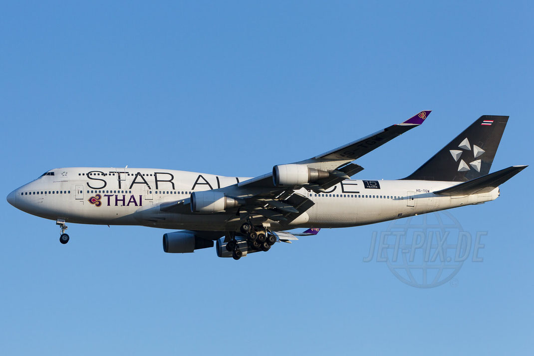 HS-TGW Thai Airways International Boeing-747-4D7 2015 04 18 EDDF Frankfurt