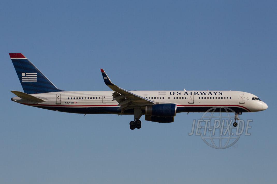 N204UW US Airways Boeing 757-200 2013 06 02 EHAM Amsterdam Anflug Polderbaan Airport Parken Gratis Besucherfelsen Frittenbude