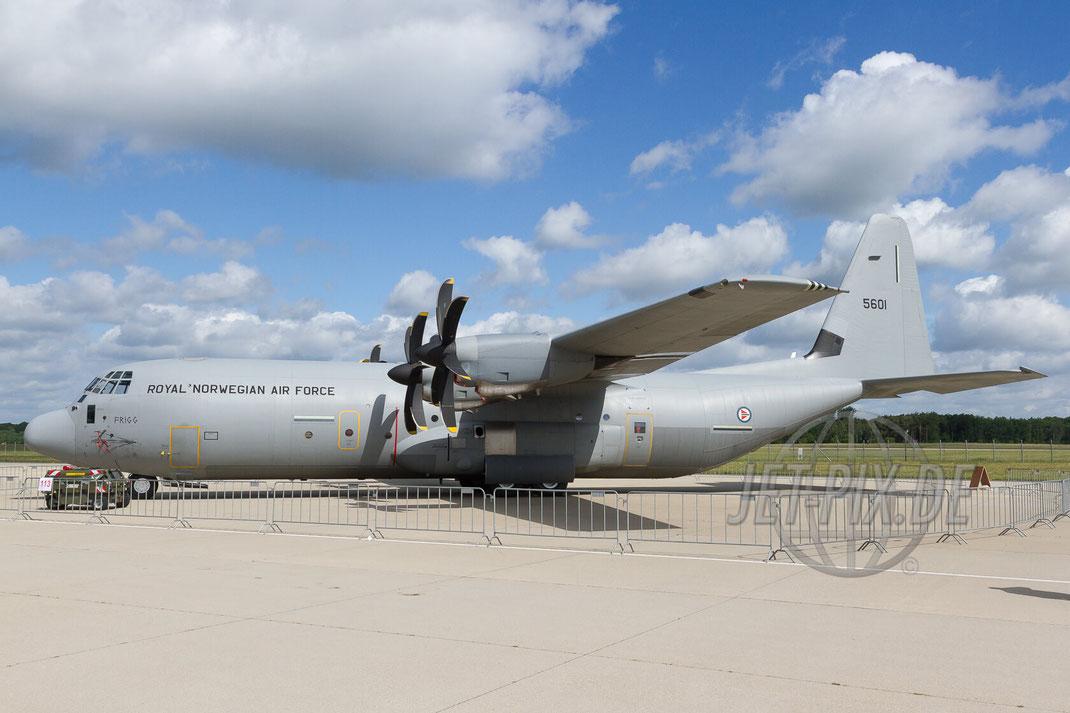 5601 Royal Norwegian Air Force C130 30 YEARS AWACS 2012.06.17 ETNG/GKE Geilenkirchen