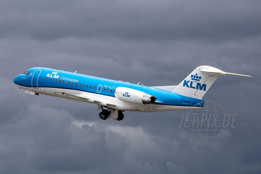 PH-KZS KLM Cityhopper Fokker F70 2015 06 20 EHAM Amsterdam