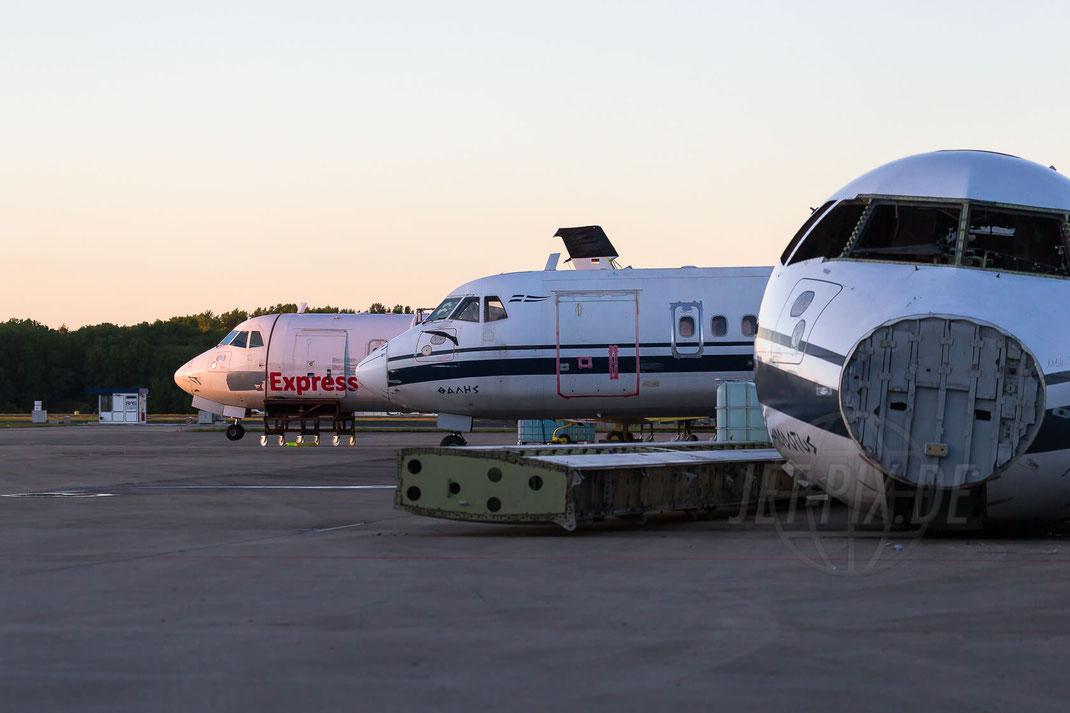 SX-BIA Olympic Aviation ATR 42-320, SX-BIH Olympic Aviation ATR 42-320 2014 05 13 EDLN Mönchengladbach Dawn Sunrise